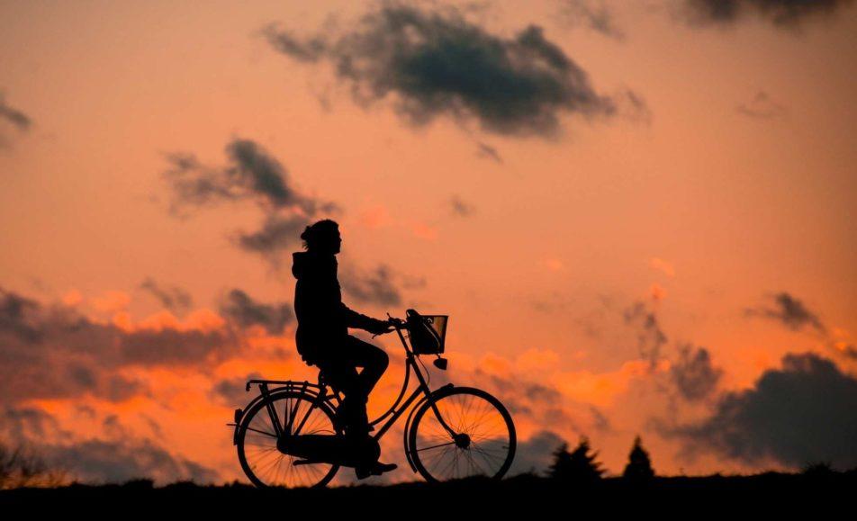 Moutains sunstet biking